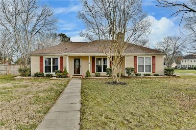 Single Family Home Under Contract-Show: 2400 Olde Whitehall Road