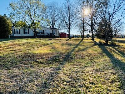 Single Family Home Under Contract-Show: 6962 Beecher Horton Road