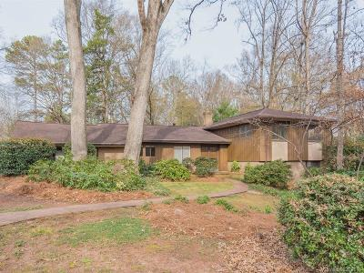 Charlotte Single Family Home Under Contract-Show: 2430 Thornridge Road
