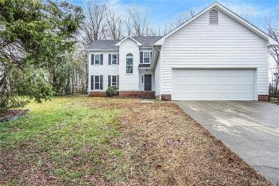 Charlotte Single Family Home For Sale: 5604 Vandora Drive