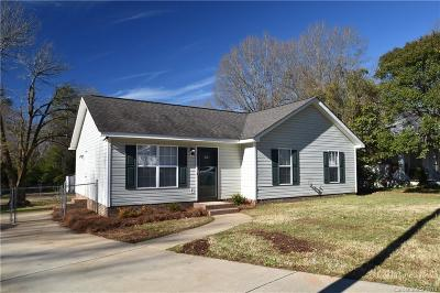 Single Family Home Under Contract-Show: 507 Ross Street