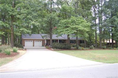 Huntersville Single Family Home For Sale: 10621 Mt Holly-Huntersville Road