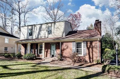 Matthews Single Family Home Under Contract-Show: 9717 Leeswood Lane
