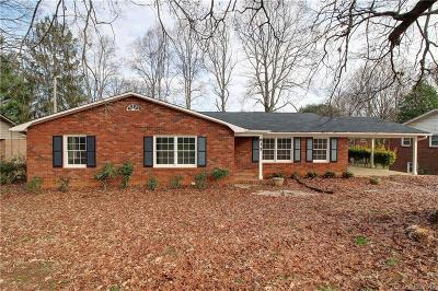 Statesville Single Family Home Under Contract-Show: 615 Greenway Drive