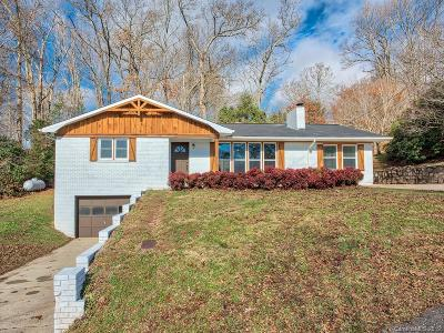 Waynesville Single Family Home For Sale: 189 Rolling Green Drive