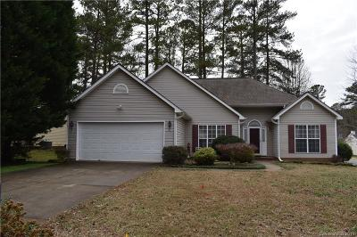 Huntersville Single Family Home Under Contract-Show: 9100 Pine Springs Court #55