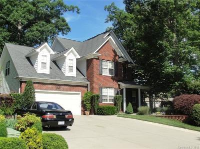 Locust Single Family Home For Sale: 104 Vanderbilt Circle