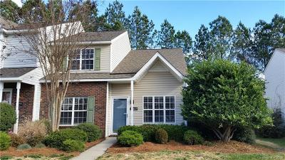 Charlotte Condo/Townhouse For Sale: 15459 Asterwind Court