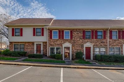 Condo/Townhouse Under Contract-Show: 1236 Archdale Drive #B