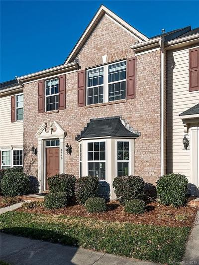 Huntersville Condo/Townhouse For Sale: 6440 Hasley Woods Drive