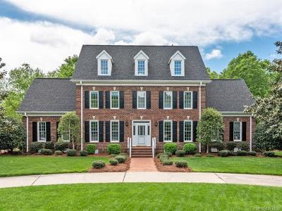 Charlotte Single Family Home For Sale: 5501 Providence Country Club Drive