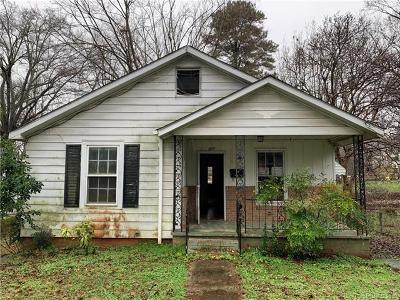 Gastonia Single Family Home Under Contract-Show: 611 E 4th Avenue