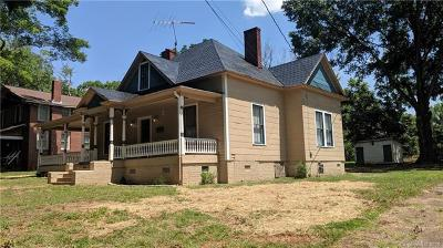 Statesville Single Family Home For Sale: 445 Armfield Street