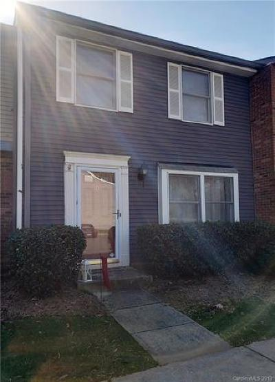 Charlotte Condo/Townhouse For Sale: 1115 Scaleybark Road #D