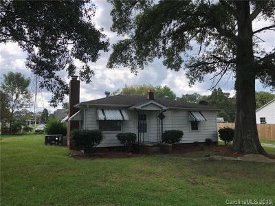 Single Family Home Under Contract-Show: 8709 Old Plank Road