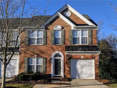 Fort Mill Condo/Townhouse For Sale: 928 Kite Drive #23