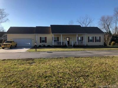 Mills River Single Family Home For Sale: 230 Blue Heron Drive