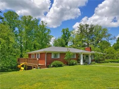 Hendersonville Single Family Home For Sale: 555 Westbrook Road