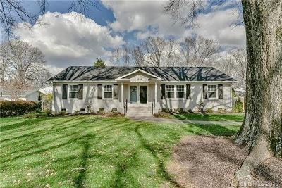 Charlotte Single Family Home For Sale: 3834 Stokes Avenue