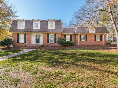Single Family Home For Sale: 7802 Ridgeloch Place