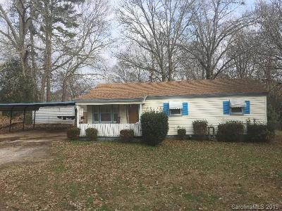 Single Family Home For Auction: 108 Longview Heights