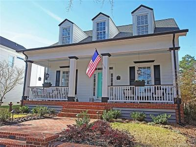 Single Family Home Under Contract-Show: 3015 Colonel Springs Way