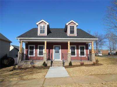 Single Family Home For Sale: 4068 Library Lane