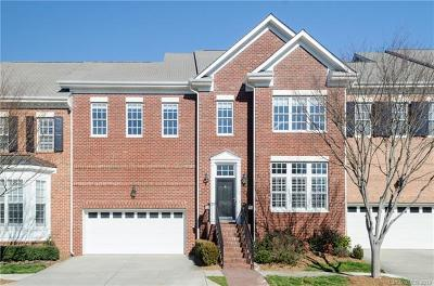 Charlotte Condo/Townhouse For Sale: 7422 Wisley Boulevard