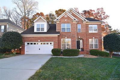 Charlotte Single Family Home For Sale: 5730 Lagrande Drive