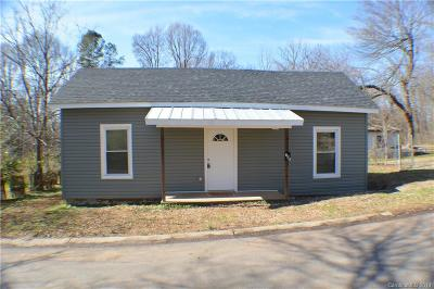 Mount Holly Single Family Home For Sale: 102 Webb Street