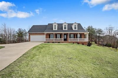 Hickory Single Family Home For Sale: 7798 Pinecone Lane