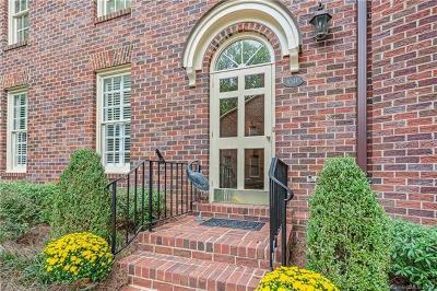 Charlotte Condo/Townhouse For Sale: 4505 Columbine Court