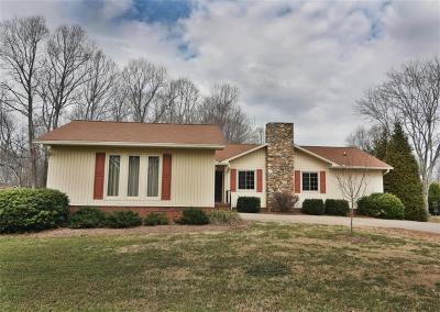 Catawba County Single Family Home For Sale: 517 Rock Barn Road NE #10 &