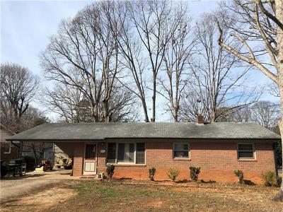 Statesville Single Family Home For Sale: 525 N Miller Avenue
