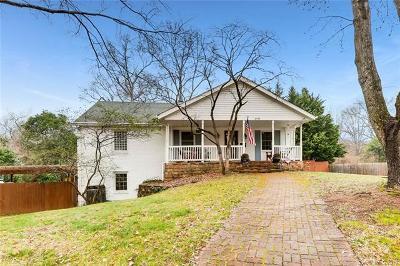 Charlotte Single Family Home For Sale: 2910 Brookridge Lane