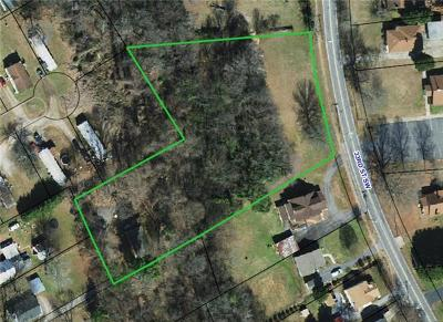 Catawba County Single Family Home For Sale: 394 37th Street SW