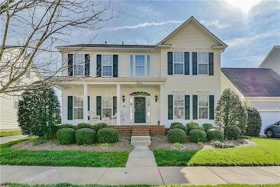 Huntersville Single Family Home For Sale: 8802 Cool Meadow Drive