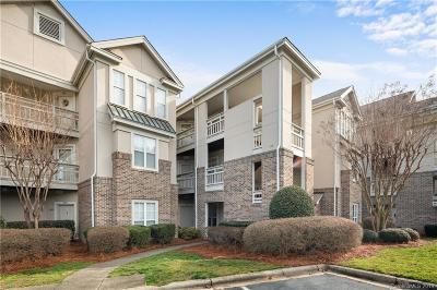 Mooresville Condo/Townhouse For Sale: 108 Pier 33 Drive #407