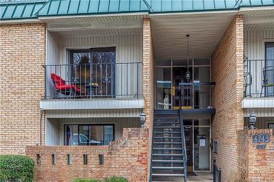 Charlotte Condo/Townhouse For Sale: 4743 Hedgemore Drive #E