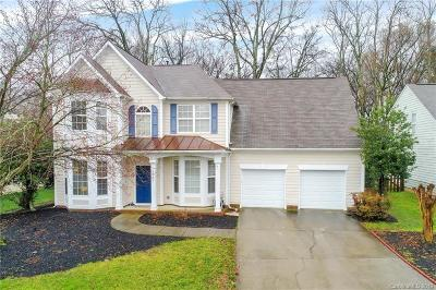 Charlotte Single Family Home For Sale: 13905 Laurel Trace Drive