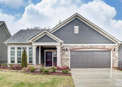Huntersville Single Family Home For Sale: 7909 Parknoll Drive