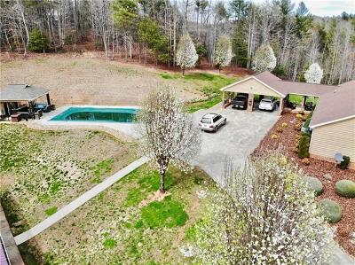 Lenoir Single Family Home For Sale: 4424 Heritage Hills Place