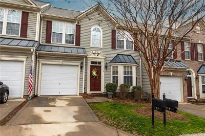 Mooresville Condo/Townhouse For Sale: 119 Kallie Loop