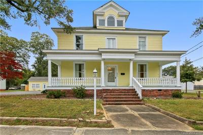 Single Family Home Under Contract-Show: 331 E White Street