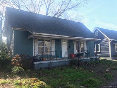 Charlotte Single Family Home For Sale: 3106 Myers Street N