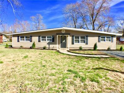 Stanly County Single Family Home Under Contract-Show: 516 Landis Street