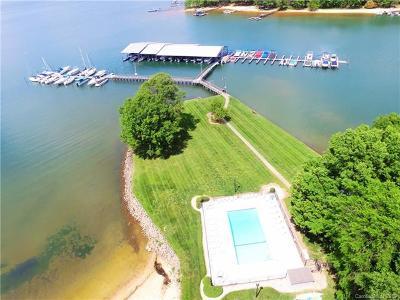 Cornelius Condo/Townhouse For Sale: 7616 Mariner Cove Drive