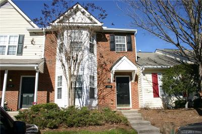 Union County Condo/Townhouse Under Contract-Show: 104 Gelderland Drive