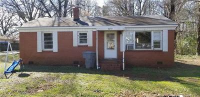 Charlotte Single Family Home For Sale: 6245 Pine Street