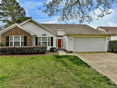 Single Family Home Under Contract-Show: 8910 Steelechase Drive